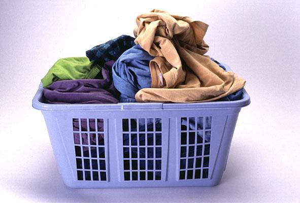 Перед стиркой натрите загрязненное место хозяйственным мылом