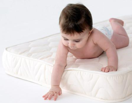 Ортопедический матрас для младенца влияет на формирование позвоночника